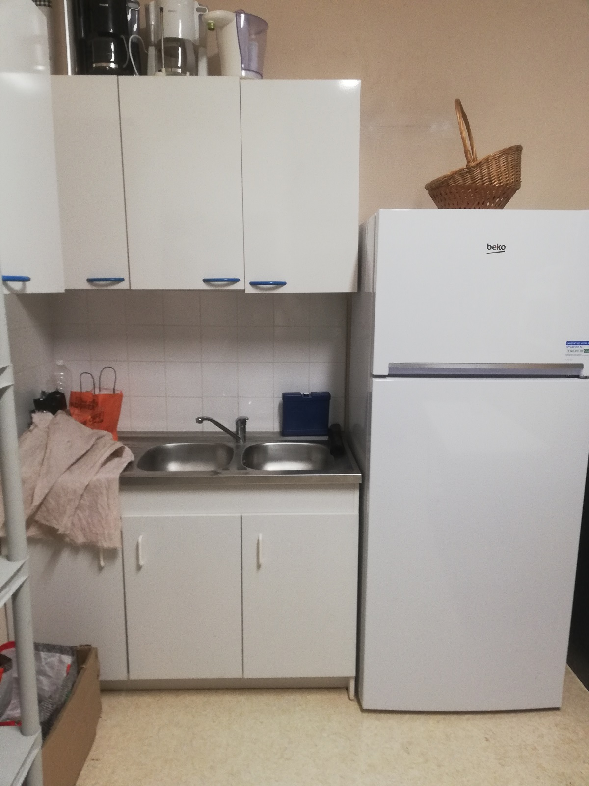 Un frigo plus performant a été installé dans la cuisine
